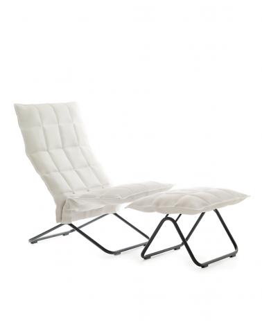 46003 - narrow k chair / 46013 - narrow k ottoman / black tubular feet / sand white