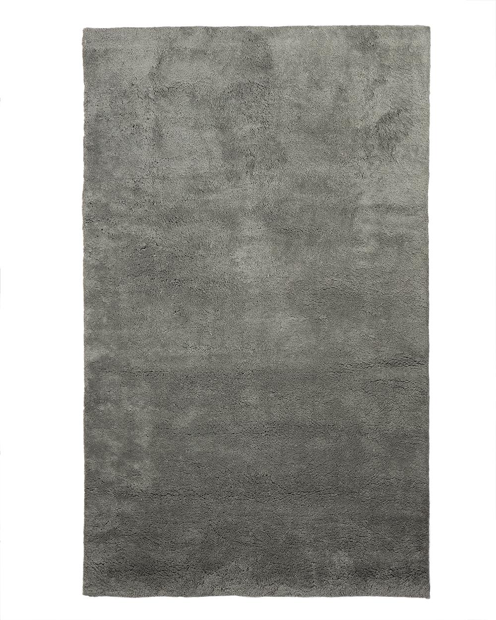 Baqueira grey.jpg